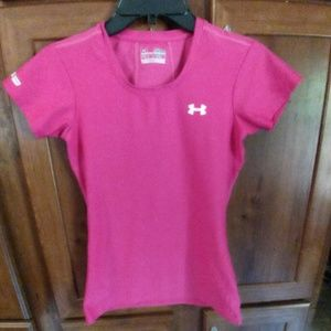 Women's Under Armour fitted shirt